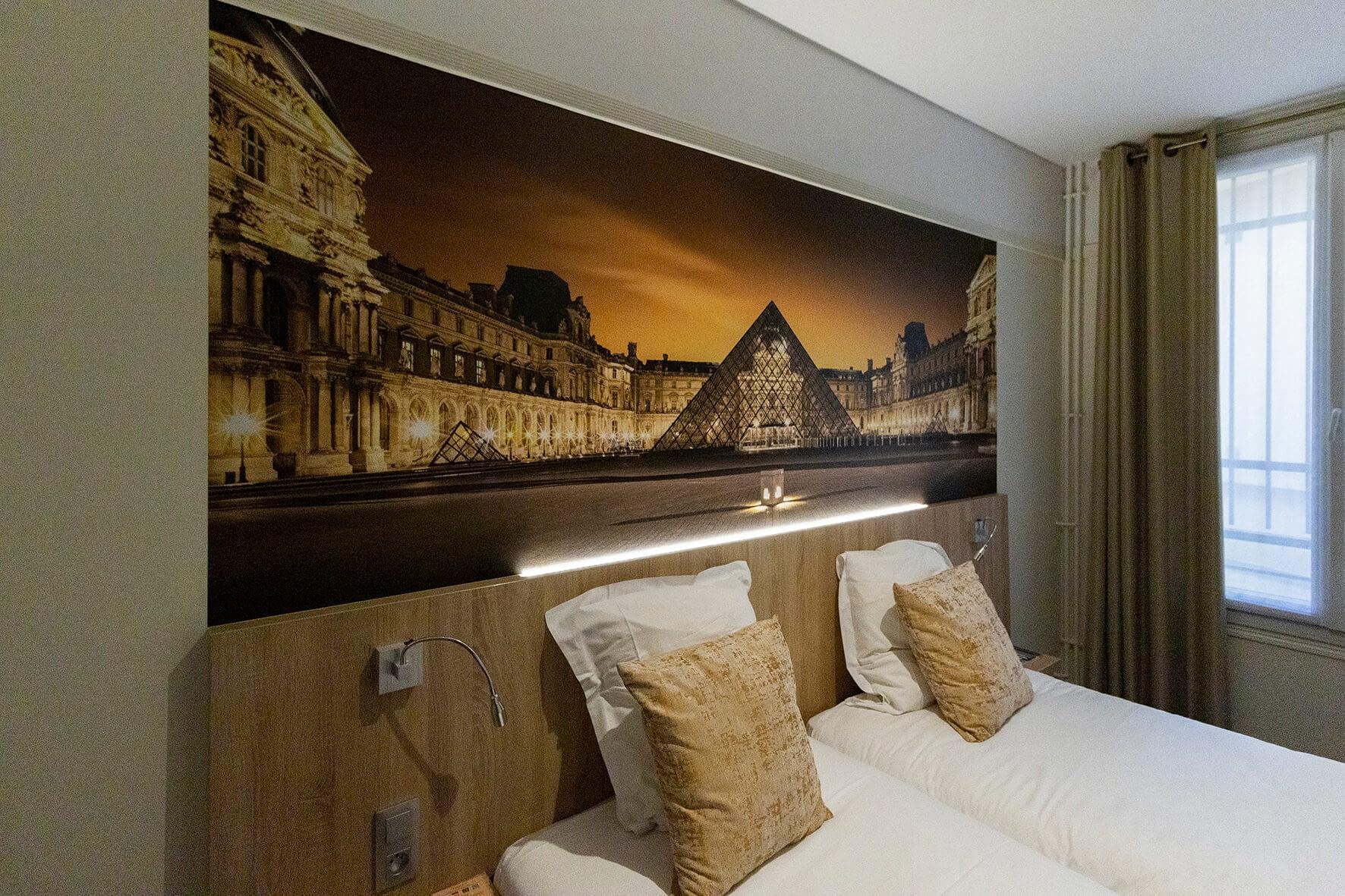 Vente et installation de photographies d'art Pixopolitan pour l'hotel Opéra Lafayette.