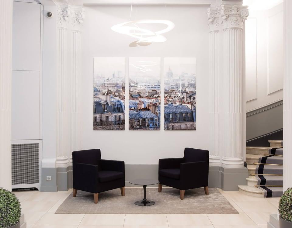 Vente et installation de photographies d'art Pixopolitan pour le Hall 63 rue Pierre Charron.