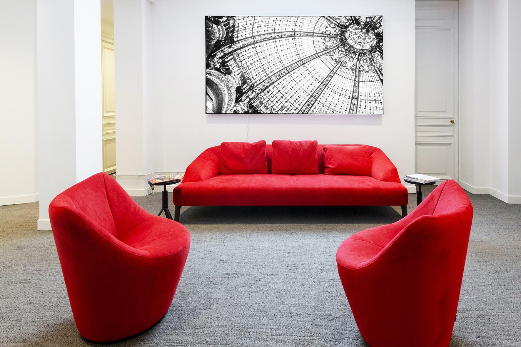 Vente et installation de photographies d'art Pixopolitan pour le cabinet d'expertise comptable Monceau Experts.