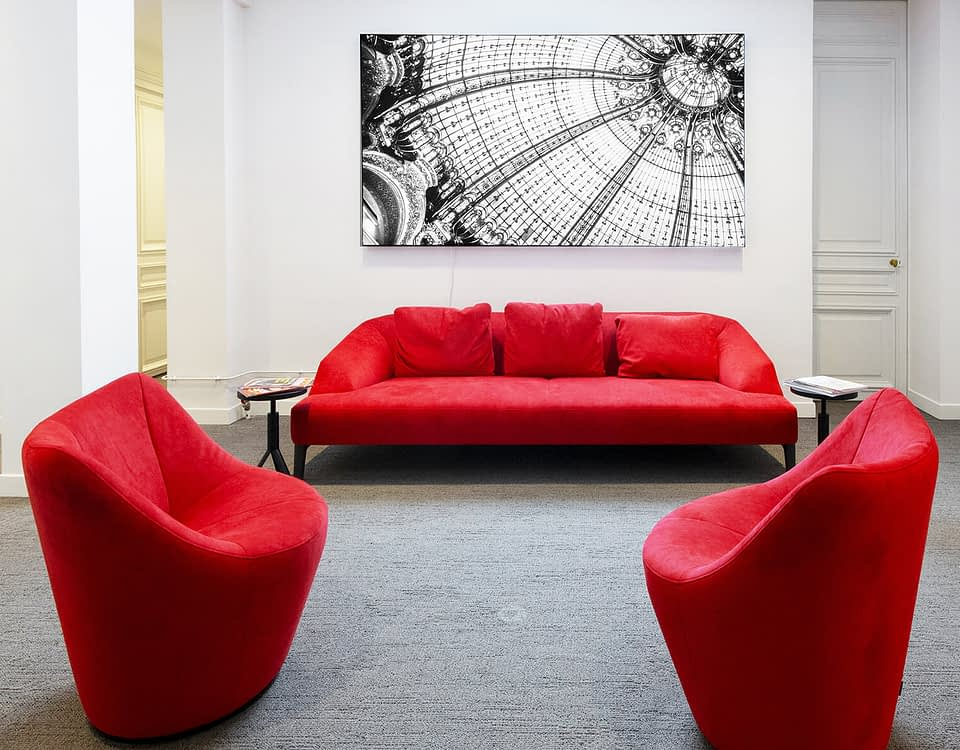 Vente et installation de photographies d'art Pixopolitan pour le cabinet d'expertise comptable Monceau Experts.