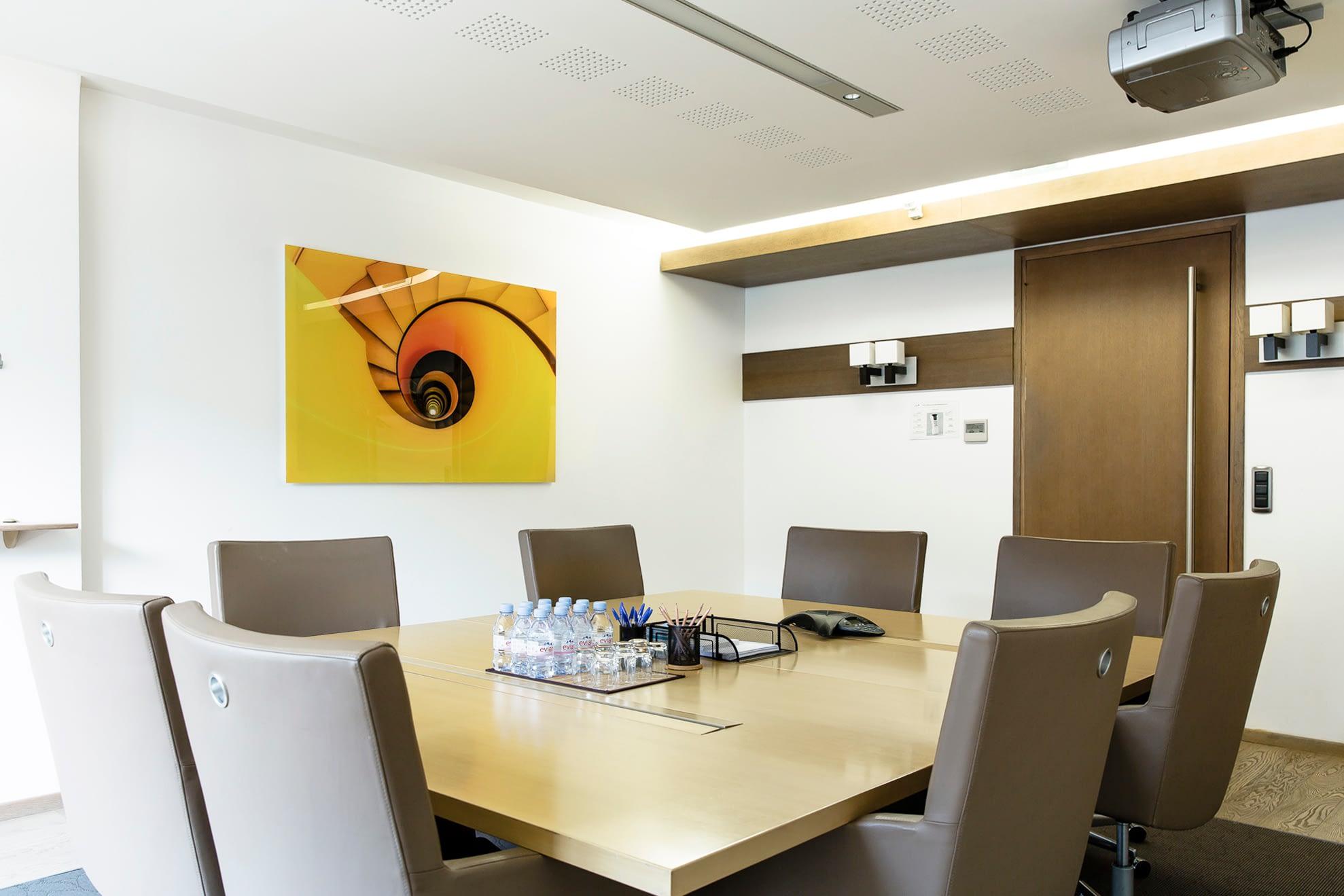 Vente et installation de photographies d'art Pixopolitan pour le cabinet d'avocats Scotto et Associés