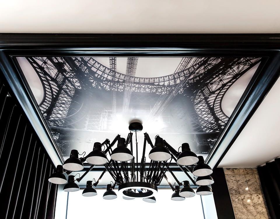Vente et installation de photographies d'art Pixopolitan pour l'hôtel Best Western Trocadéro La Tour